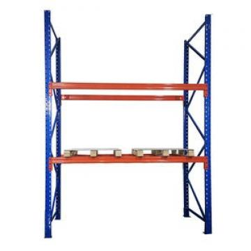 Industrial selective pallet rack shelving with wire mesh decking